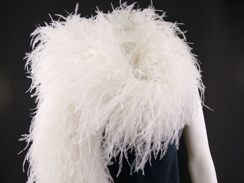 Super Deluxe 10 ply Ostrich Feather Boa 2