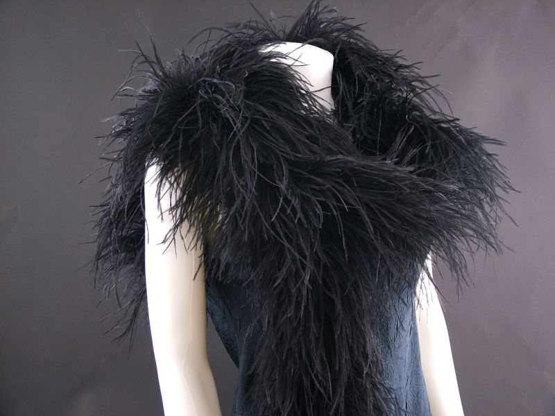 Deluxe 5 ply Ostrich Feather Boa 2