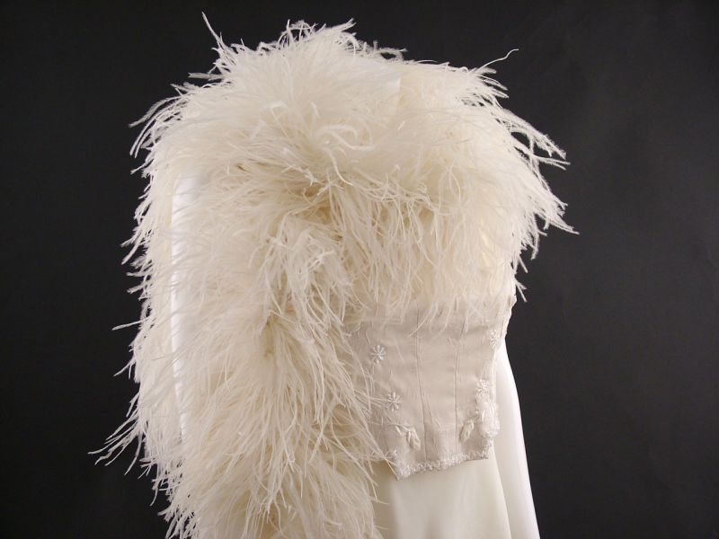 Deluxe 5 ply Ostrich Feather Boa 4