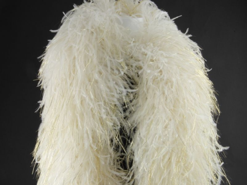 Sparkling Deluxe Ostrich Feather Boa 2