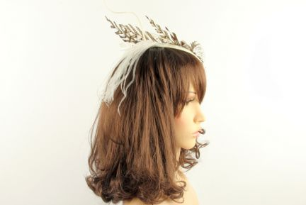 Avant-Garde Racers Feather Fascinator
