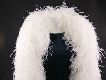 Super Deluxe 10 ply Ostrich Feather Boa